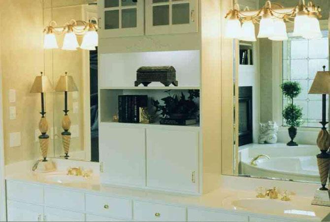 дизайн комнаты обои салатово золотой
